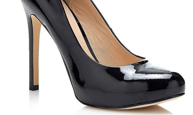 Guess 'Marlona' Patent Court Shoe